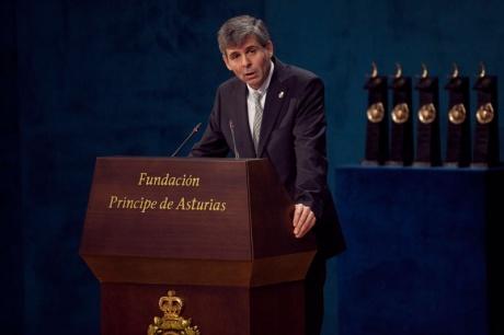 Álvarez-Buylla augura una nueva etapa en la comprensión del cerebro