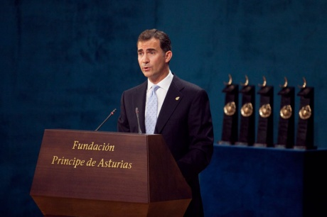 Don Felipe destaca como una ´gran victoria´ que ETA asuma la derrota del terrorismo