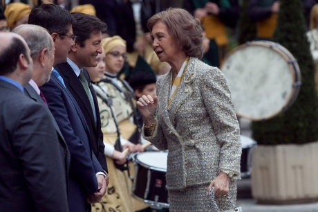 La Reina Doña Sofía llega a Oviedo