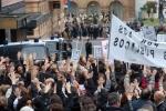 Los funcionarios protestan por el ´dispendio´ de los Premios