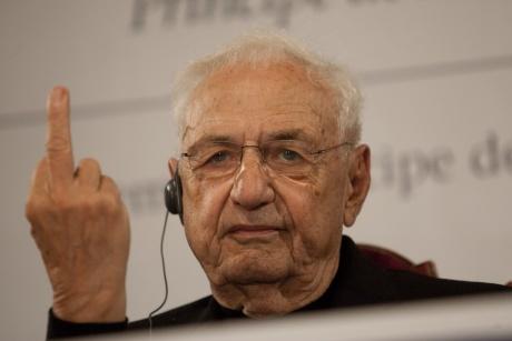 """Gehry: """"El 98 por ciento de los edificios en que vivimos es una mierda"""""""